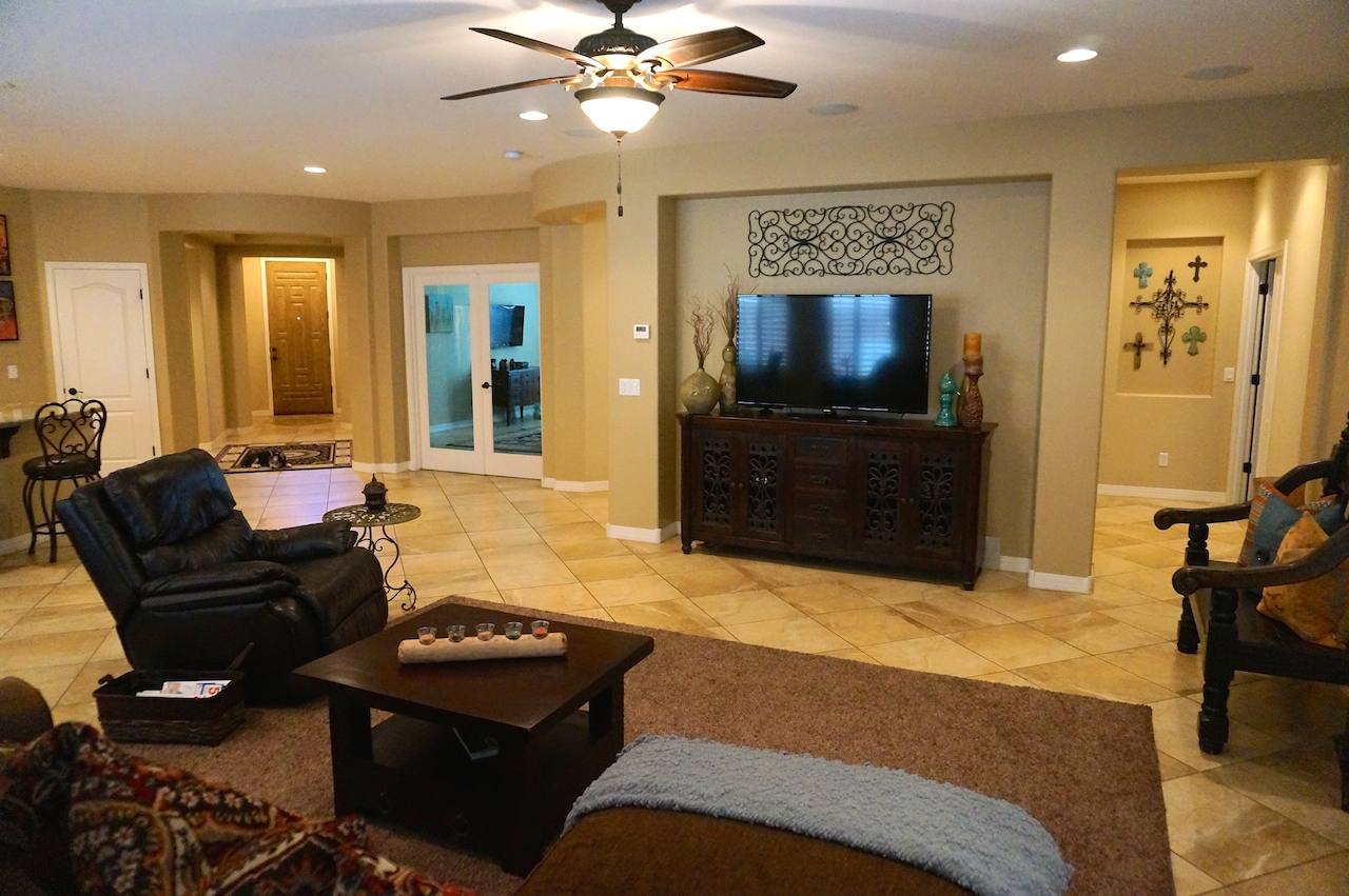Stunning Chandler Waterfront Property for Sale in Old