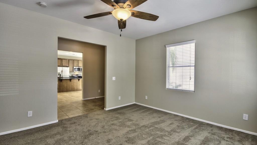 4142 Vest Ave Home for Sale in The Willows Gilbert AZ 85295 near San Tan Village & San Tan 202 Freeway