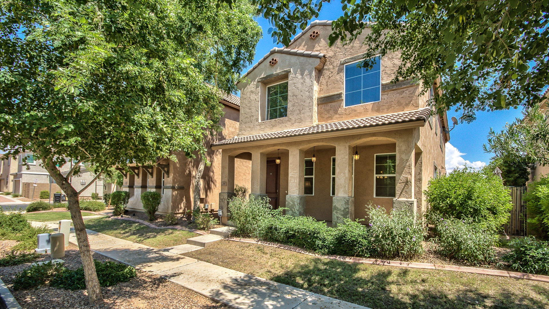 Remarkable gilbert home for sale in the willows offering for The willow house