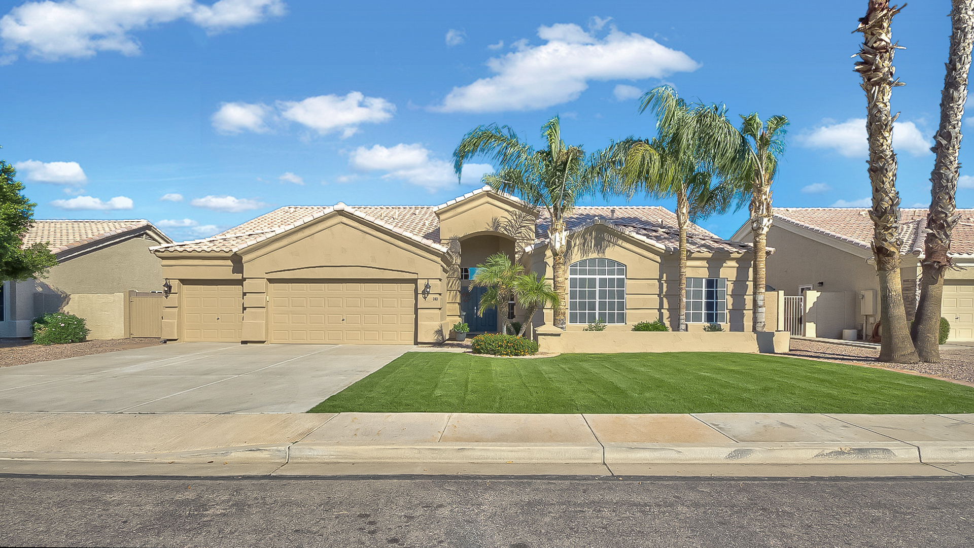 3030 e encanto st 2 612 sf single level 4 bed 2 5 bath home for sale with pool in mesa